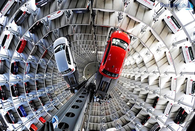 24/7 Parking Lot